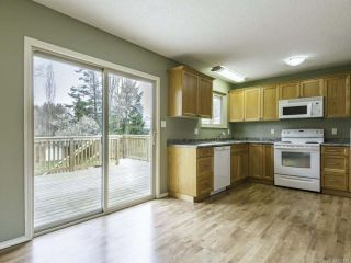 Photo 6: 1446 Dogwood Ave in COMOX: CV Comox (Town of) House for sale (Comox Valley)  : MLS®# 836883