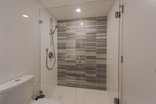 """Photo 11: 1707 110 SWITCHMEN Street in Vancouver: Mount Pleasant VE Condo for sale in """"LIDO"""" (Vancouver East)  : MLS®# R2378768"""