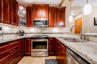 Photo 4: 309 8218 207A STREET in Langley: Willoughby Heights Condo for sale : MLS®# R2473234