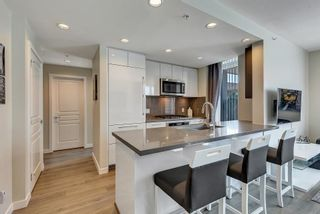 """Photo 8: 303 3093 WINDSOR Gate in Coquitlam: New Horizons Condo for sale in """"THE WINDSOR"""" : MLS®# R2583363"""