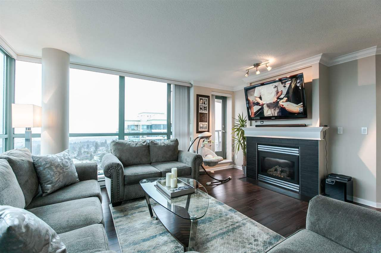 """Main Photo: 1803 6611 SOUTHOAKS Crescent in Burnaby: Highgate Condo for sale in """"GEMINI"""" (Burnaby South)  : MLS®# R2048456"""