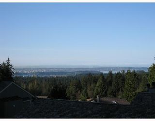 """Photo 9: 5650 EAGLE Court in North_Vancouver: Grouse Woods House for sale in """"EAGLE NEST"""" (North Vancouver)  : MLS®# V704250"""