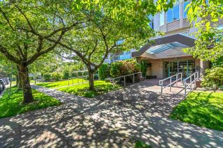 """Photo 2: 105 1009 HOWAY Street in New Westminster: Uptown NW Condo for sale in """"HUNTINGTON WEST"""" : MLS®# R2535824"""