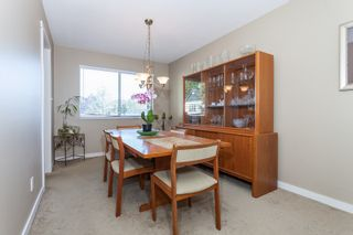 Photo 7: 18185 64 ave in Surrey: Cloverdale BC House for sale (Cloverdale)  : MLS®# R2064928