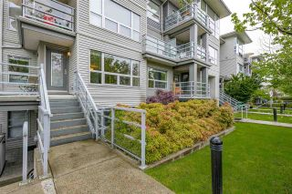 "Photo 3: 3171 W 4TH Avenue in Vancouver: Kitsilano Townhouse for sale in ""BRIDGEWATER"" (Vancouver West)  : MLS®# R2575713"