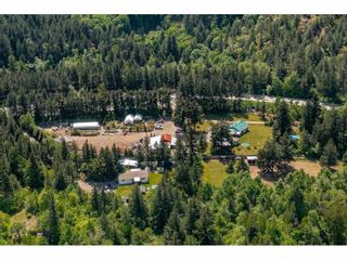 Photo 6: 21400 TRANS CANADA Highway in Hope: Hope Center House for sale : MLS®# R2579702