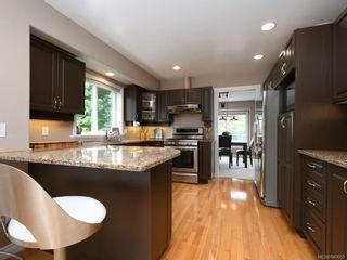 Photo 8: 773 Haliburton Rd in Saanich: SE Cordova Bay House for sale (Saanich East)  : MLS®# 840065