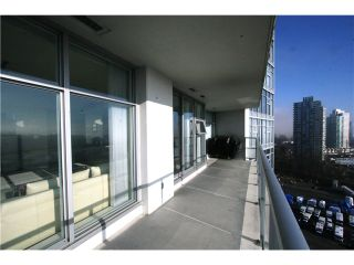 """Photo 9: 2207 2289 YUKON Crescent in Burnaby: Brentwood Park Condo for sale in """"WATERCOLOURS"""" (Burnaby North)  : MLS®# V983849"""