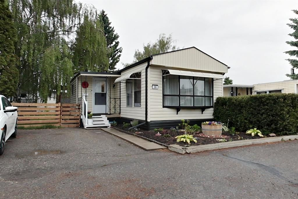 Main Photo: 96 1410 43 Street S: Lethbridge Mobile for sale : MLS®# A1118437