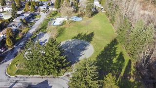 Photo 12: 3688 ST. THOMAS Street in Port Coquitlam: Lincoln Park PQ House for sale : MLS®# R2536589