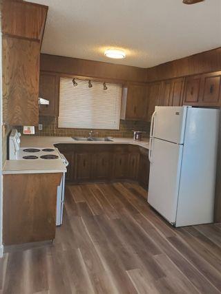 Photo 2: 6805 36A Avenue in Edmonton: Zone 29 House Half Duplex for sale : MLS®# E4238615