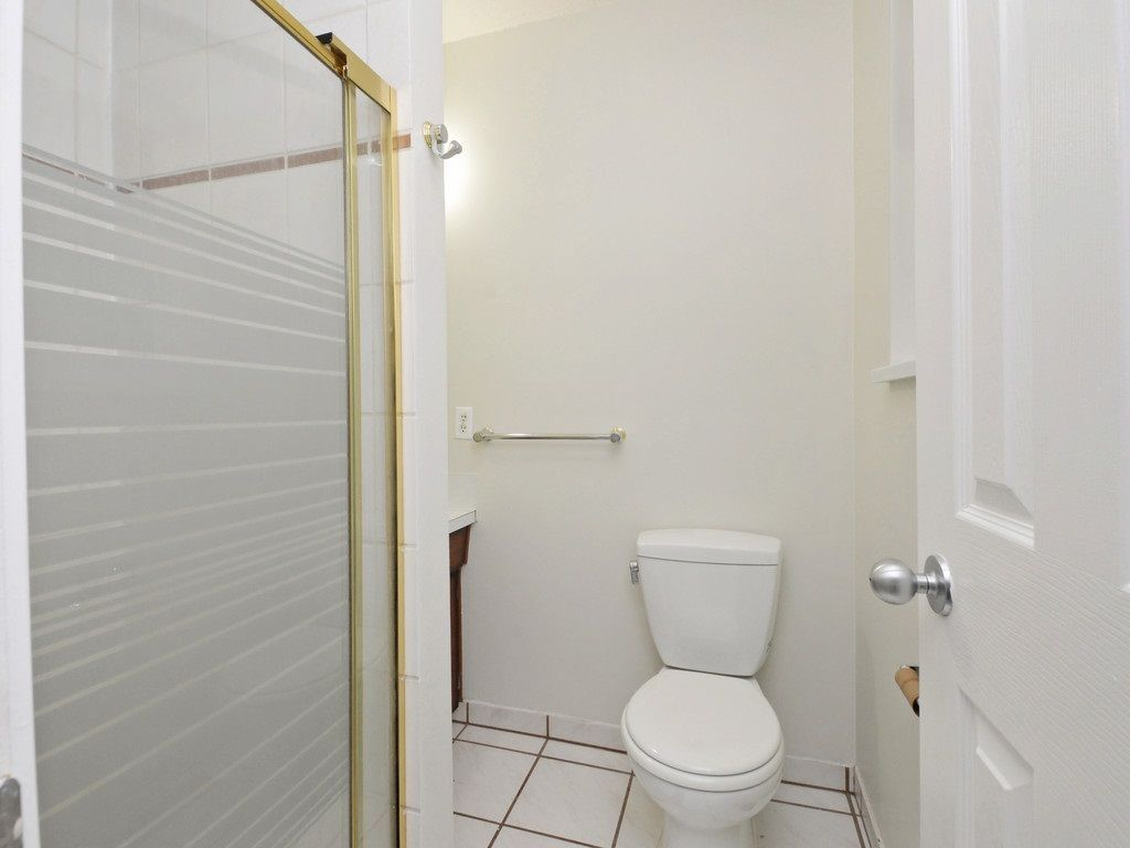 Photo 11: Photos: 3247 SAMUELS Court in Coquitlam: New Horizons House for sale : MLS®# R2219617
