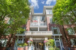 """Photo 1: 411 2628 YEW Street in Vancouver: Kitsilano Condo for sale in """"Connaught Place"""" (Vancouver West)  : MLS®# R2377344"""