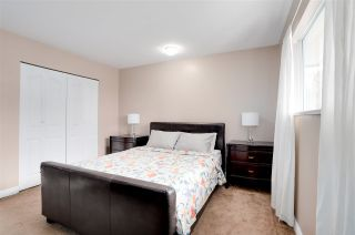 Photo 9: 8819 152 Street in Surrey: Bear Creek Green Timbers House for sale : MLS®# R2251912