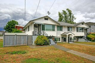 Photo 1: 6105 NEVILLE STREET in Burnaby: South Slope House for sale (Burnaby South)  : MLS®# R2075908