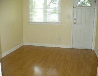 Photo 2: 424 SEYMOUR ST in WINNIPEG: Residential for sale (Canada)  : MLS®# 2911663