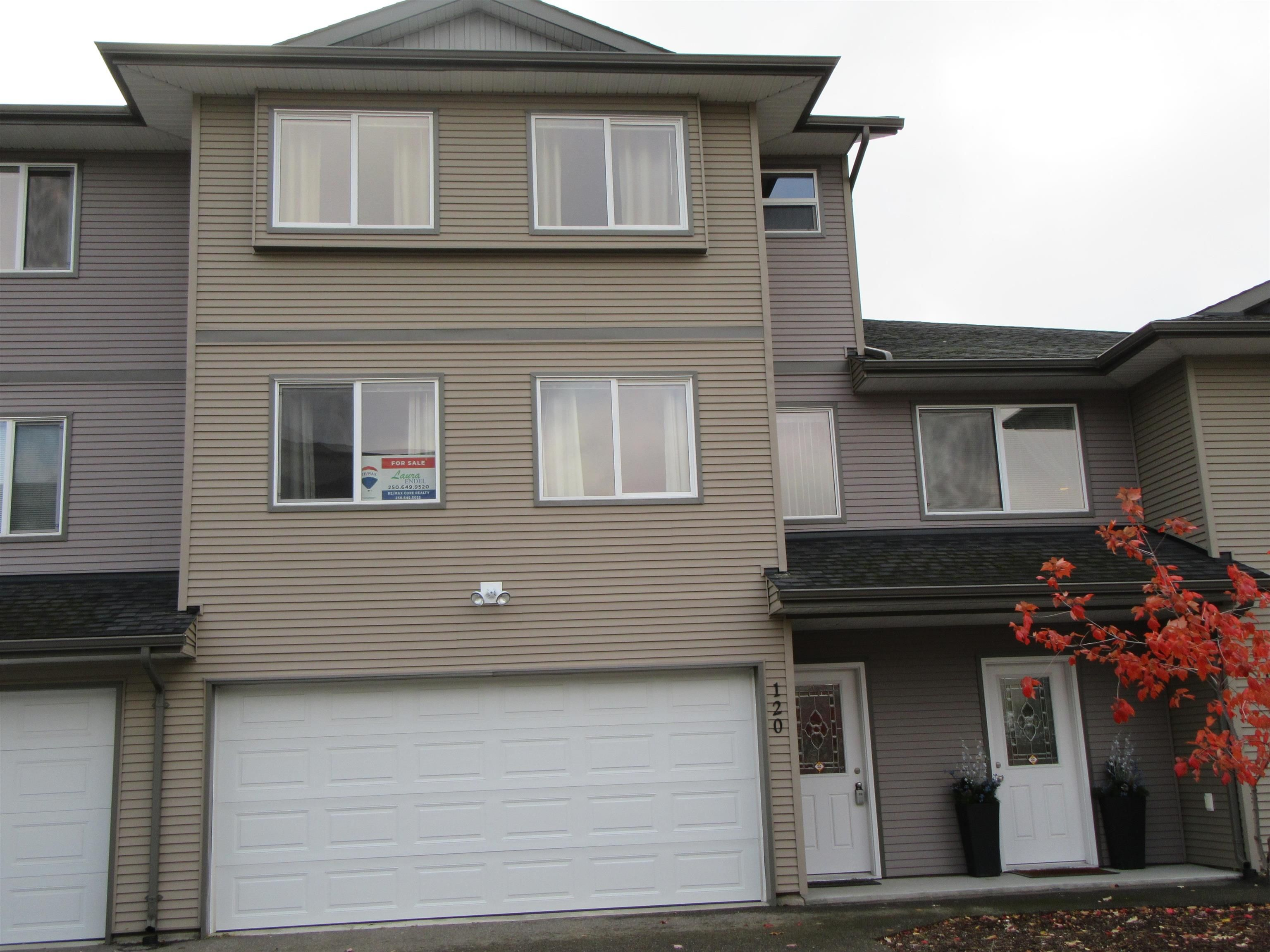 """Main Photo: 120 4404 5TH Avenue in Prince George: Heritage Townhouse for sale in """"FOOTHILLS"""" (PG City West (Zone 71))  : MLS®# R2625196"""