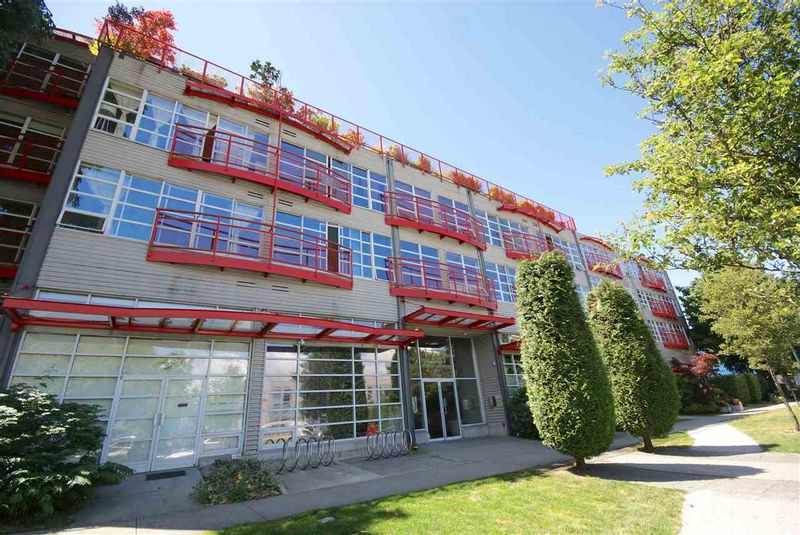 FEATURED LISTING: 315 - 350 2ND Avenue East Vancouver