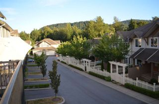 """Photo 12: 27 4401 BLAUSON Boulevard in Abbotsford: Abbotsford East Townhouse for sale in """"The Sage"""" : MLS®# R2095953"""