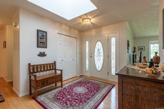 Photo 7: 631 Cambridge Dr in Campbell River: CR Willow Point House for sale : MLS®# 886798