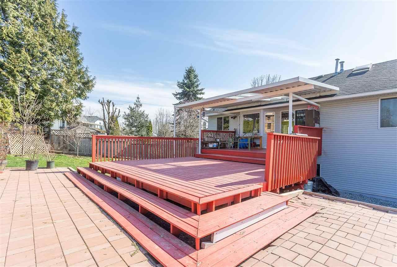 "Photo 7: Photos: 30929 GARDNER Avenue in Abbotsford: Abbotsford West House for sale in ""GARDNER"" : MLS®# R2476312"