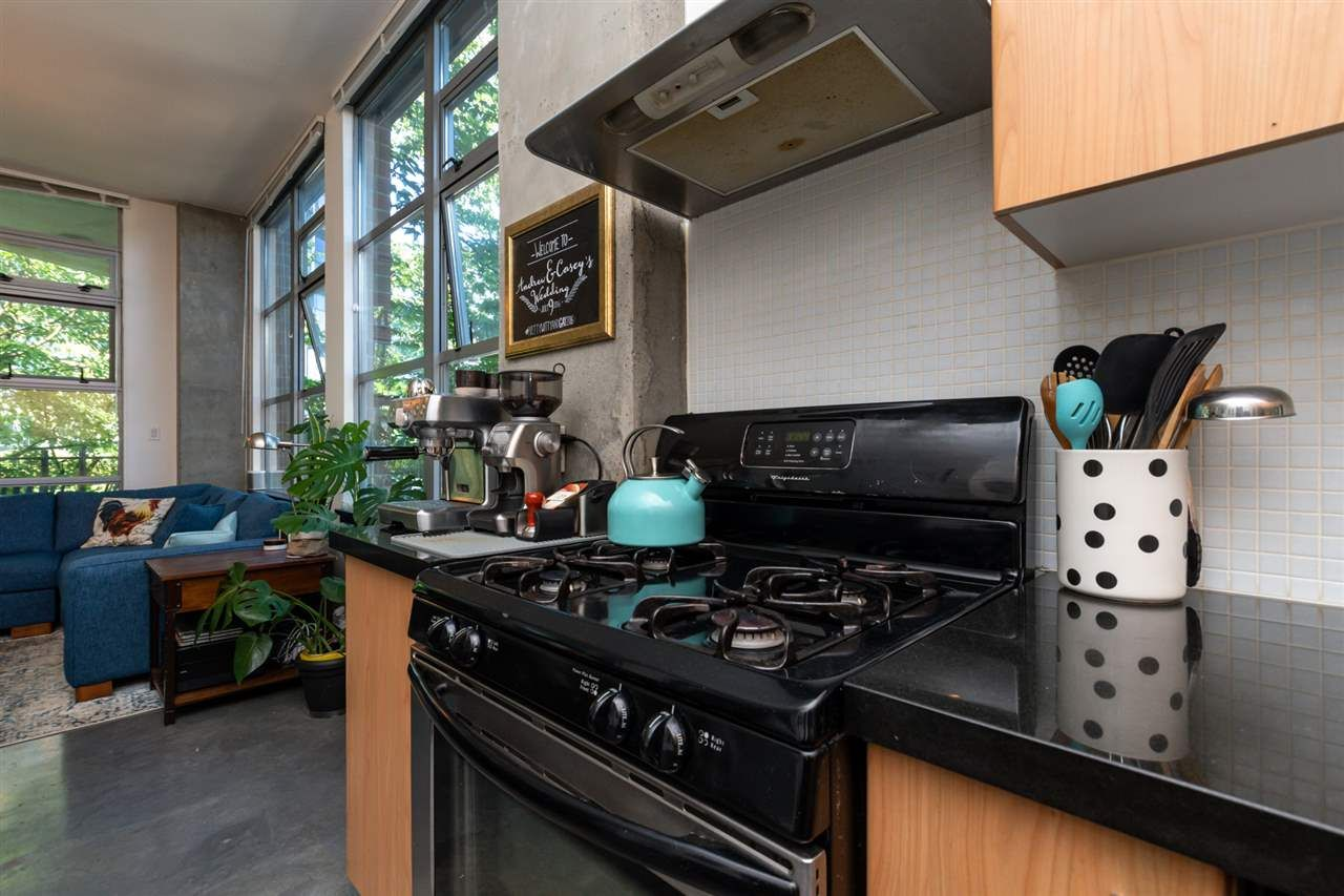Photo 12: Photos: 207 2635 PRINCE EDWARD STREET in Vancouver: Mount Pleasant VE Condo for sale (Vancouver East)  : MLS®# R2488215
