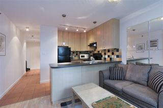 Photo 2: 405 819 HAMILTON Street in Vancouver: Downtown VW Condo for sale (Vancouver West)  : MLS®# R2253213