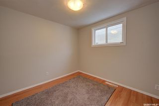 Photo 11: 703 J Avenue South in Saskatoon: King George Residential for sale : MLS®# SK856490