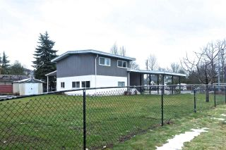 Photo 2: 19941 BRYDON Crescent in Langley: Langley City House for sale : MLS®# R2137920