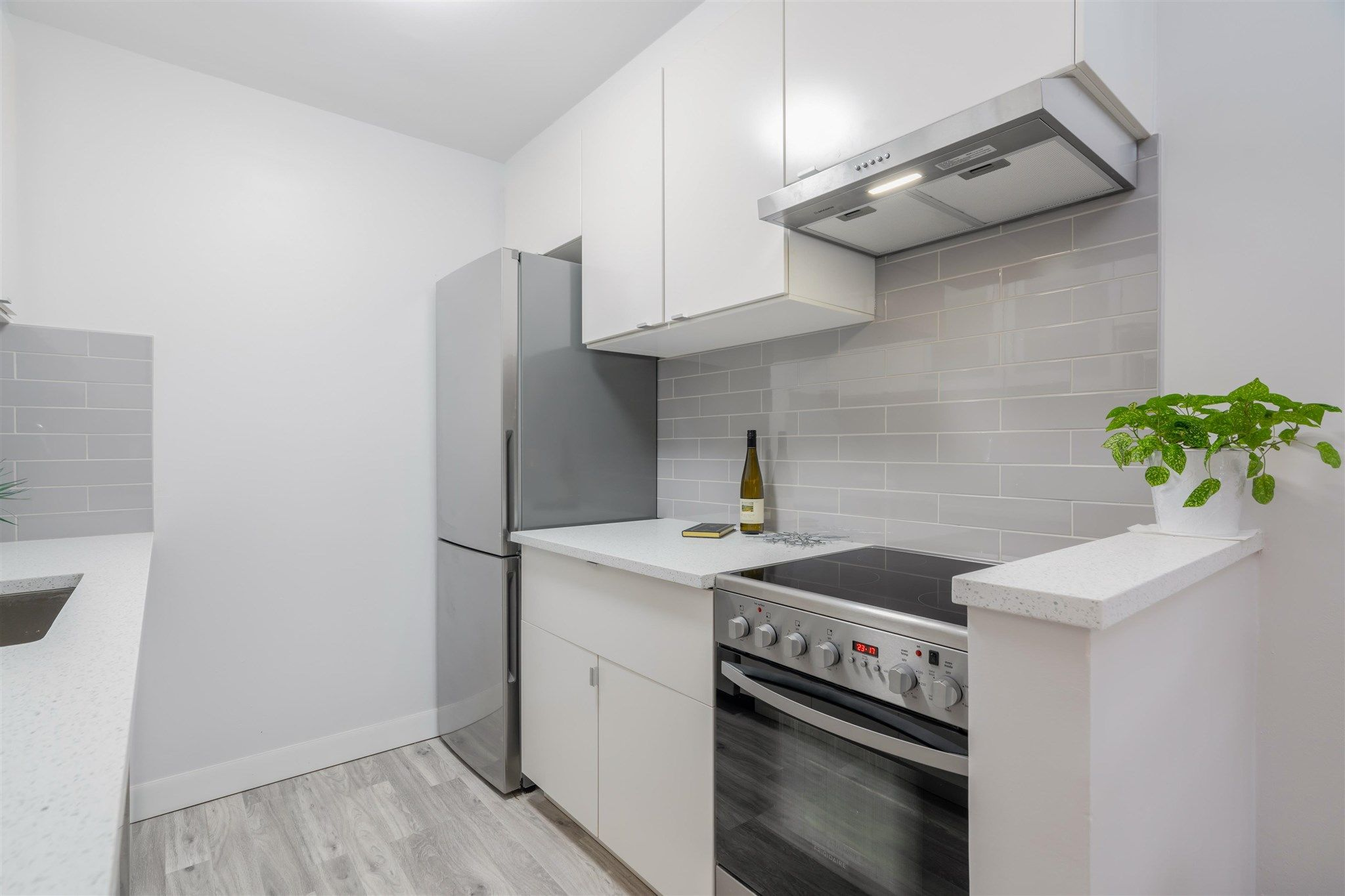 """Main Photo: 149 200 WESTHILL Place in Port Moody: College Park PM Condo for sale in """"WESTHILL PLACE"""" : MLS®# R2608316"""