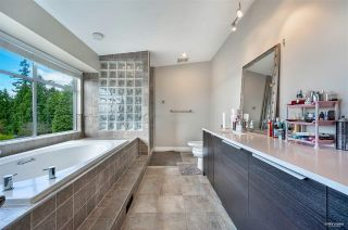 Photo 11: 2585 WESTHILL Way in West Vancouver: Westhill House for sale : MLS®# R2589004