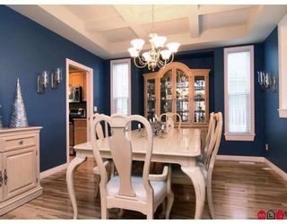 """Photo 4: 3384 BLOSSOM Court in Abbotsford: Abbotsford East House for sale in """"THE HIGHLANDS"""" : MLS®# F2828575"""