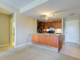 """Photo 5: 307 5955 IONA Drive in Vancouver: University VW Condo for sale in """"FOLIO"""" (Vancouver West)  : MLS®# R2569325"""