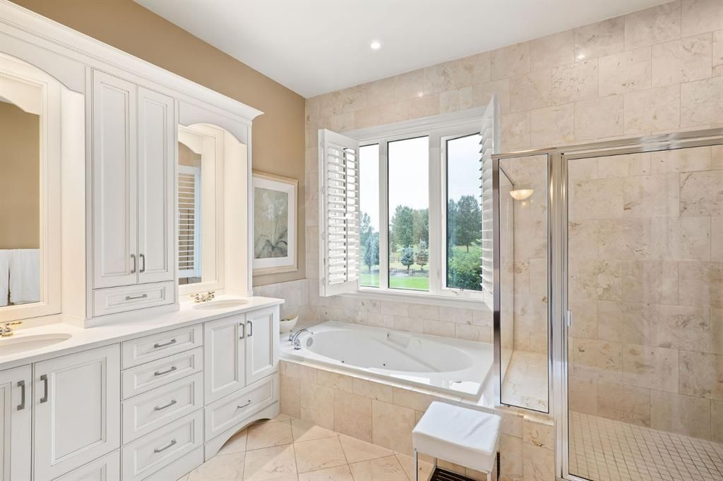 Photo 23: Photos: 15 Lynx Meadows Drive NW: Calgary Detached for sale : MLS®# A1139904