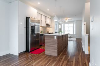 """Photo 4: 44 14433 60 Avenue in Surrey: Sullivan Station Townhouse for sale in """"Brixton"""" : MLS®# R2610172"""