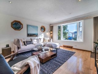 Photo 9: 3049 CHARLES Street in Vancouver: Renfrew VE House for sale (Vancouver East)  : MLS®# R2542647