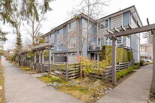 """Photo 2: 69 15405 31 Avenue in Surrey: Grandview Surrey Townhouse for sale in """"Nuvo II"""" (South Surrey White Rock)  : MLS®# R2555413"""