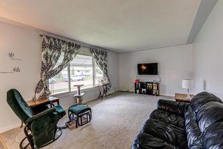 Photo 3: 4030 117 Avenue in Edmonton: Zone 23 House for sale : MLS®# E4246156