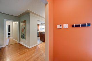 Photo 4: 8116 96 Avenue in Edmonton: Zone 18 House for sale : MLS®# E4253261