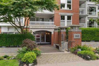 """Photo 1: 209 1868 W 5TH Avenue in Vancouver: Kitsilano Condo for sale in """"Greenwich"""" (Vancouver West)  : MLS®# R2479221"""