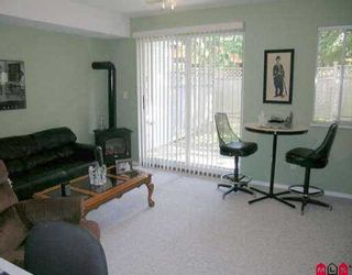 """Photo 7: 14 10045 154TH ST in Surrey: Guildford Townhouse for sale in """"HEATHERTON"""" (North Surrey)  : MLS®# F2518689"""
