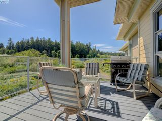 Photo 3: 405 3234 Holgate Lane in VICTORIA: Co Lagoon Condo for sale (Colwood)  : MLS®# 788132