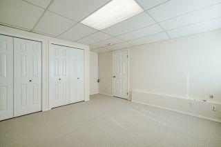 "Photo 34: 15452 VICTORIA Avenue: White Rock House for sale in ""White Rock Hillside"" (South Surrey White Rock)  : MLS®# R2558705"