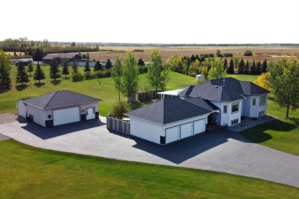 Main Photo: 47 East Ridge Boulevard in Rural Rocky View County: Rural Rocky View MD Detached for sale : MLS®# A1142575