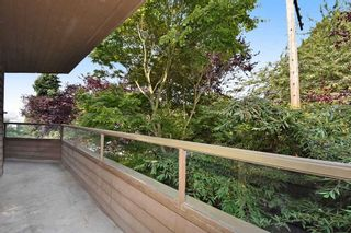 Photo 12: 201 224 N GARDEN Drive in Vancouver: Hastings Condo for sale (Vancouver East)  : MLS®# R2196844