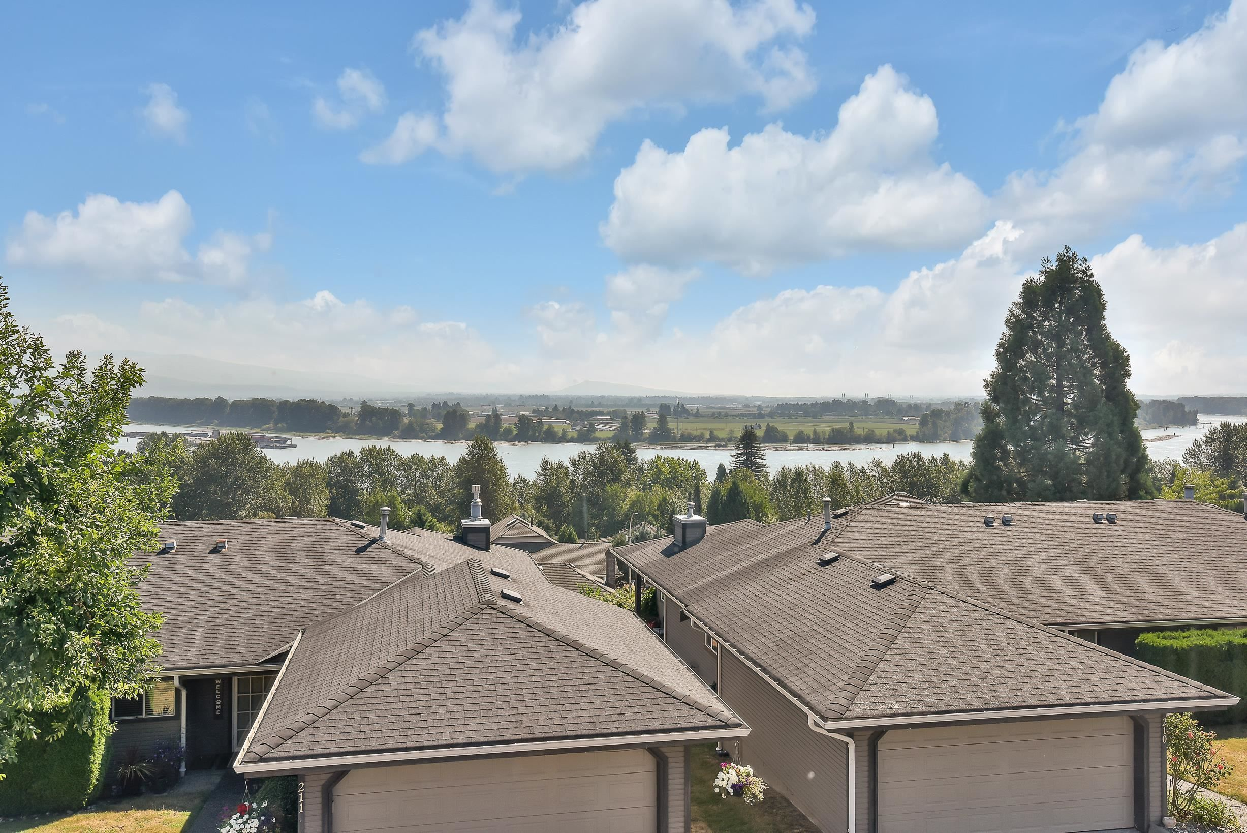 """Photo 26: Photos: 208 1140 CASTLE Crescent in Port Coquitlam: Citadel PQ Townhouse for sale in """"THE UPLANDS"""" : MLS®# R2609078"""