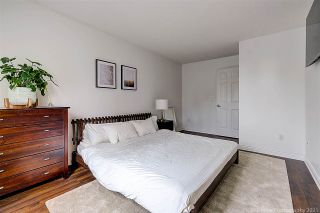 """Photo 19: 8537 WOODTRAIL Place in Burnaby: Forest Hills BN Townhouse for sale in """"SIMON FRASER VILLAGE"""" (Burnaby North)  : MLS®# R2555729"""