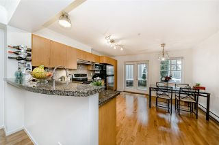 """Photo 7: 7332 SALISBURY Avenue in Burnaby: Highgate Townhouse for sale in """"BONTANICA"""" (Burnaby South)  : MLS®# R2430415"""