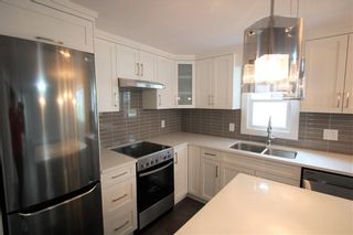 """Photo 3: 15 7790 KING GEORGE Boulevard in Surrey: East Newton Manufactured Home for sale in """"CRISPEN BAYS"""" : MLS®# R2426382"""