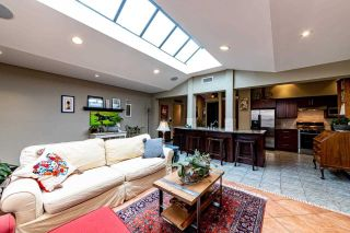 Photo 2: 1346 BRIARLYNN Crescent in North Vancouver: Westlynn House for sale : MLS®# R2448253